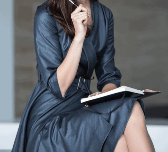 Modische Farbtrends für deinen Stil- Grau
